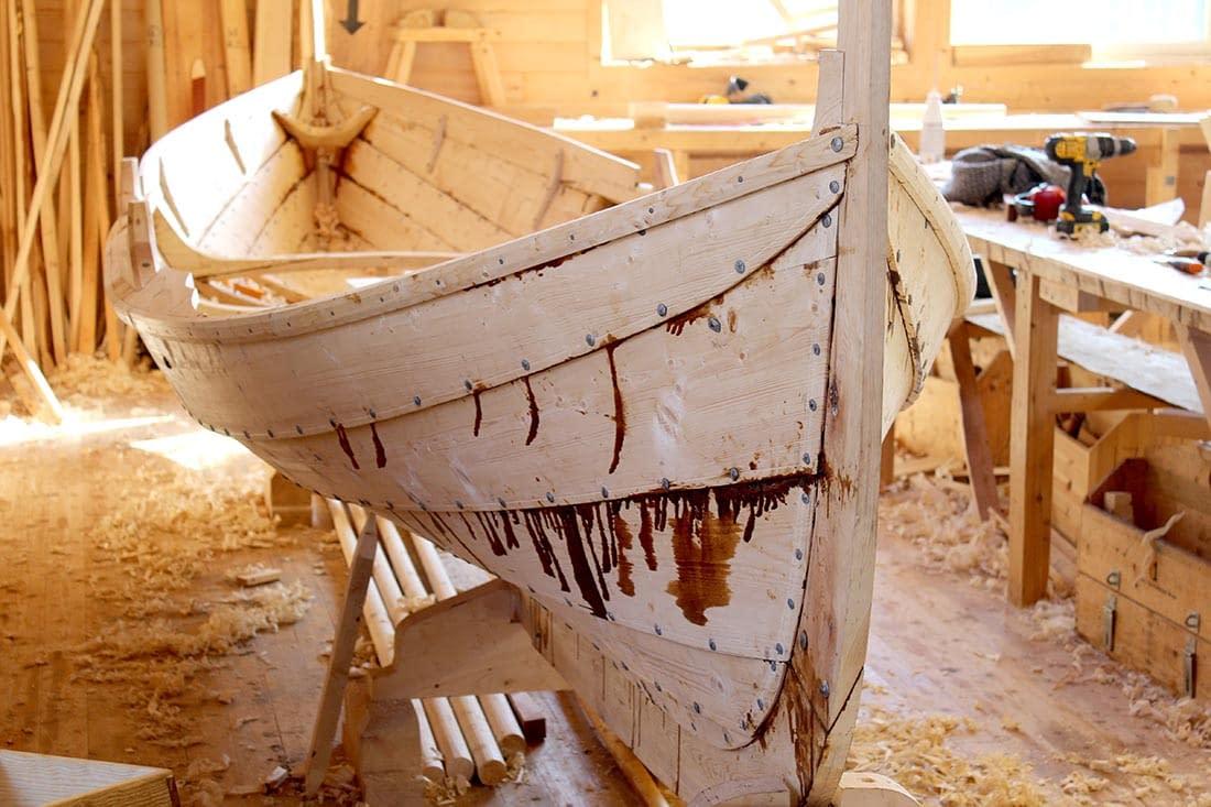 faering-klinkbygd-boat-building
