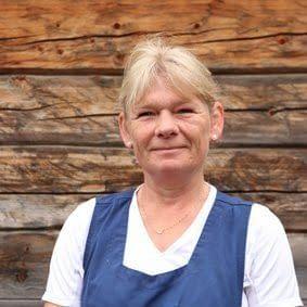 Lillian Fremo er renholder på Fosen Folkehøgskole
